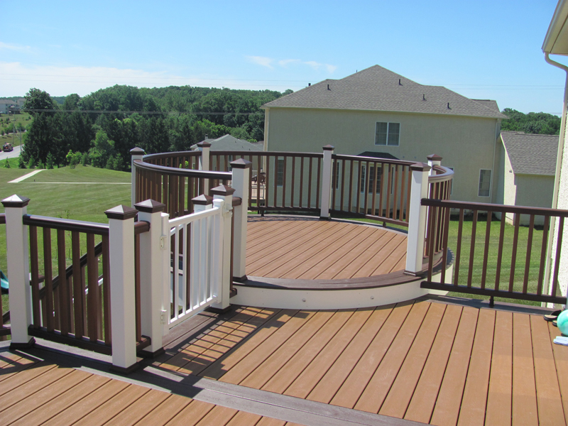 Bi-Level Curved Deck Designs- Amazing Deck