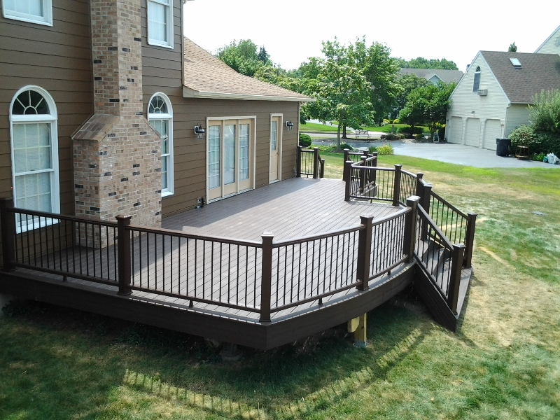 Small Curved Deck Designs- Amazing Deck
