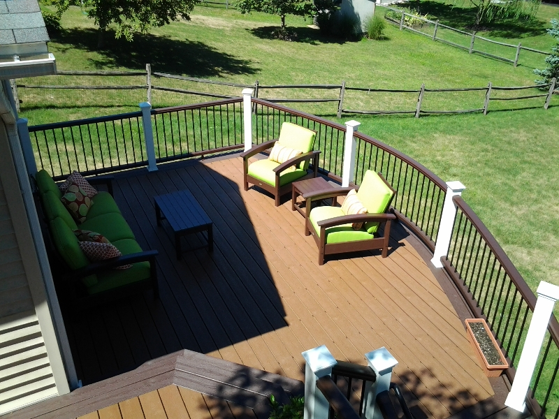 Trex Round Deck Builders near me- Amazing Deck