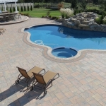 Why Paver Stones Make Beautiful Outdoor Patios