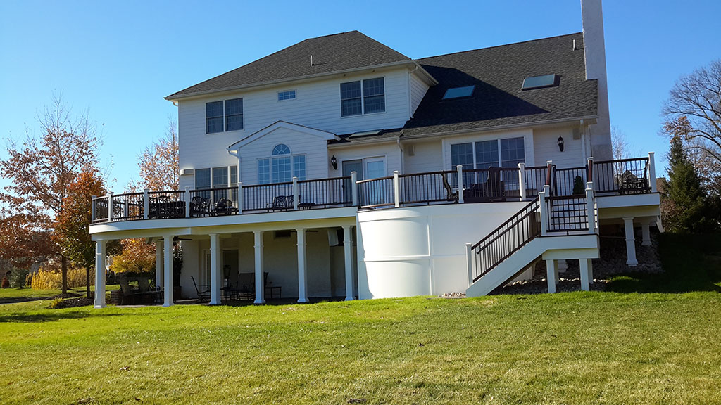 Composite Deck Contractor near Newtown Pa