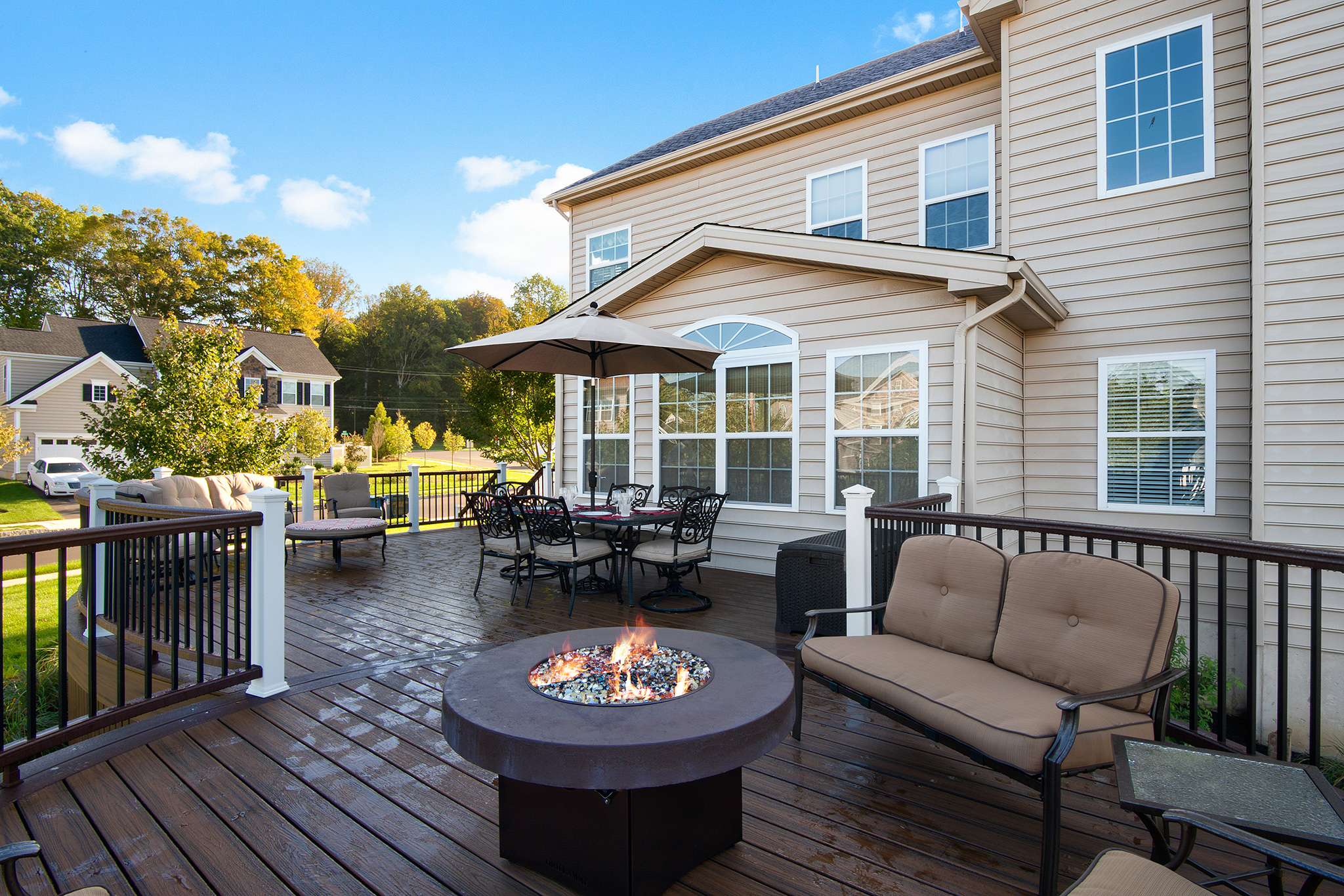 Trex Decking with Black Aluminum Balusters- Feasterville Pa