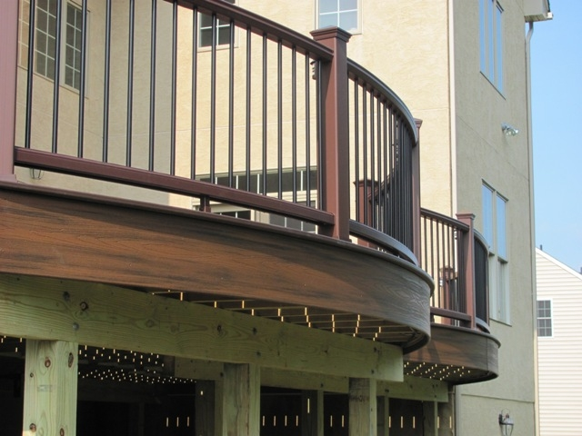 Curved Deck Contractor- Amazing Deck