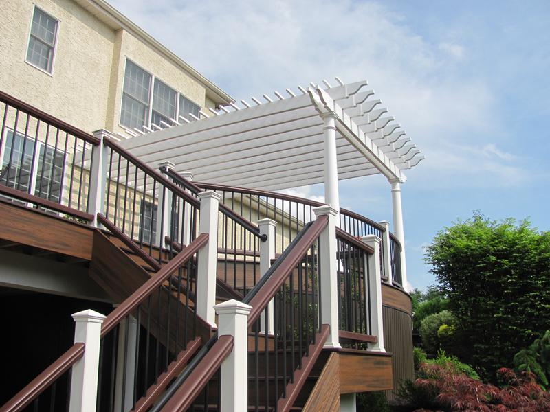 Curved Deck with Pergola Design- Amazing Deck