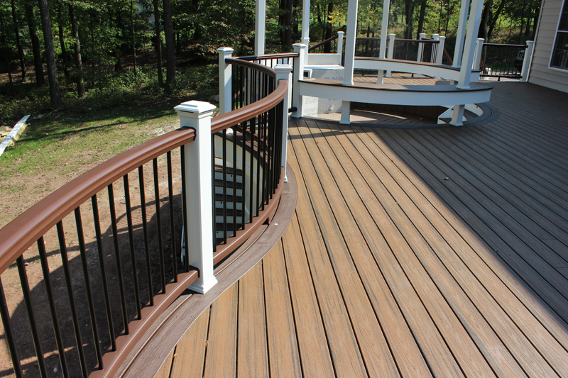Curved Deck with Railing Builder- Amazing Deck