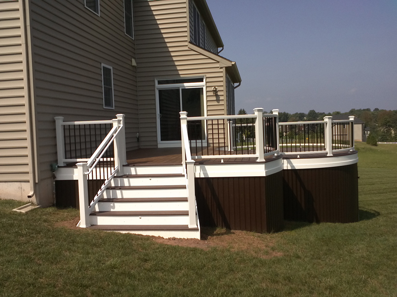Curved Deck with Stairs Contractor- Amazing Deck