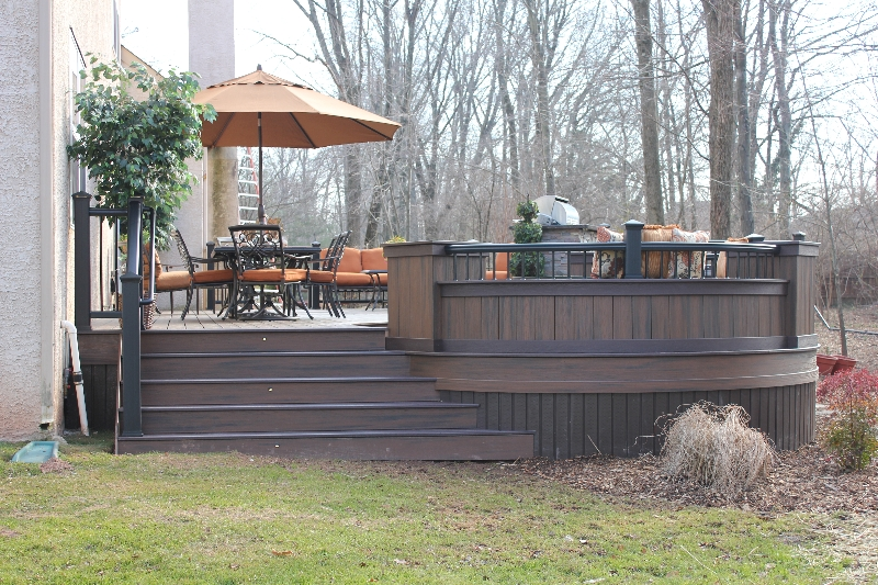 Custom Trex Round Deck Idea- Amazing Deck