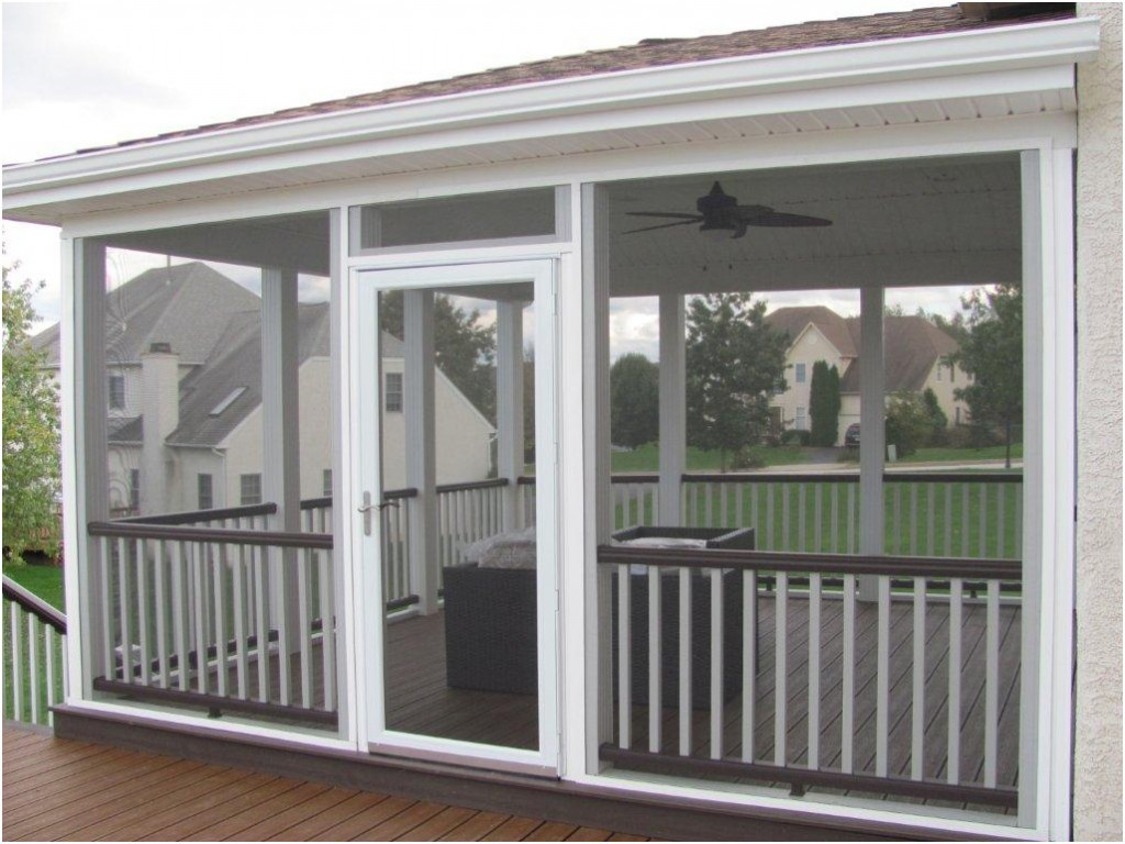 Custom Deck Builder and Screened In Deck Contractor- Amazing Deck
