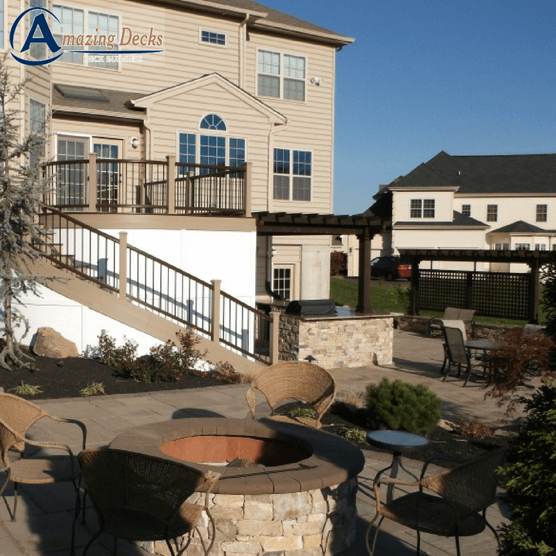 How to Choose a Deck Contractor- Deck Contractors Near Me- Amazing Deck