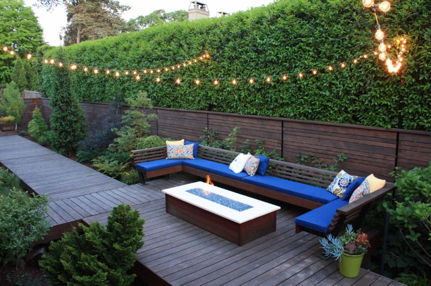 Patio Design with Hedges- Patio Contractor- Amazing Deck