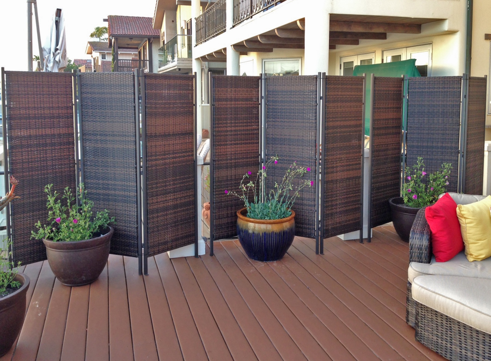 more privacy for your deck or patio amazing decks. Black Bedroom Furniture Sets. Home Design Ideas